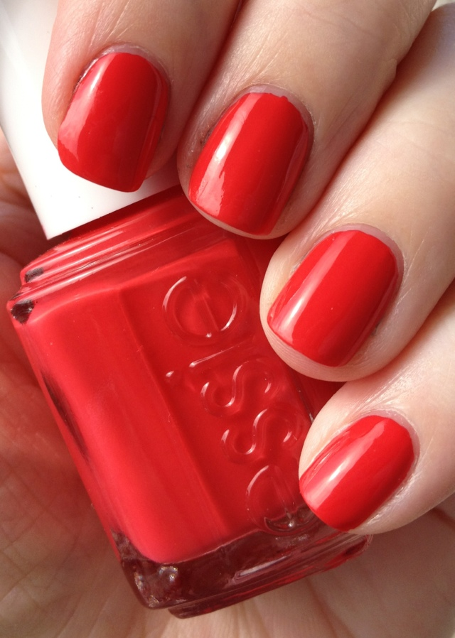 Essie Olé Caliente - Daily SomethingDaily Something