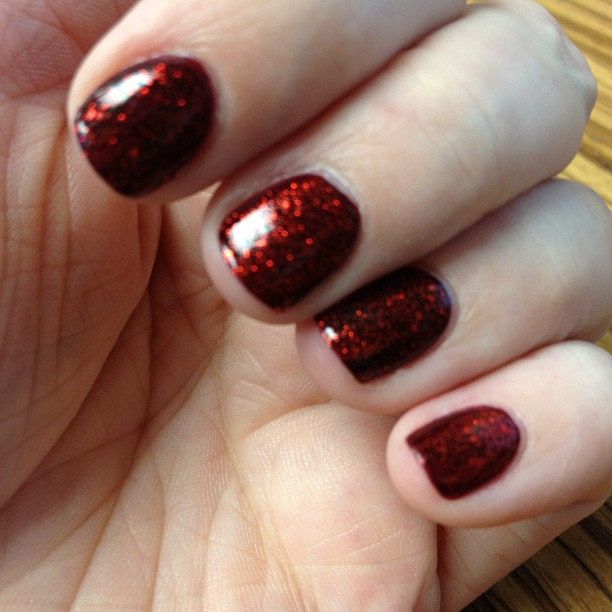Loving my nail polish combo today: Velvet Bow & Ring in the Red by China Glaze.