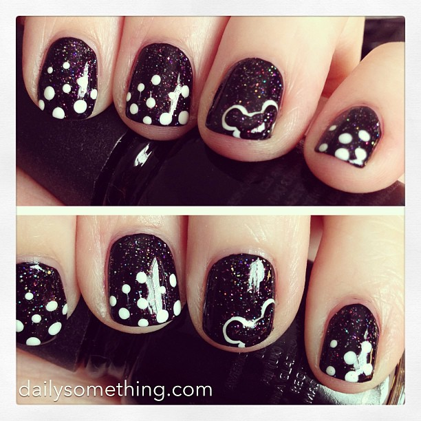 Testing out ideas for a Disney/Mickey manicure for Disneyland next month. This is the first attempt.