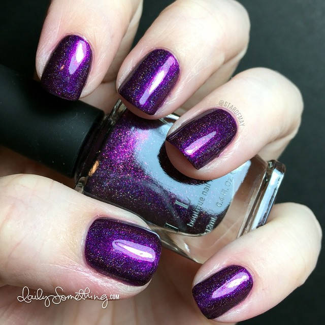 ILNP Poetry #starofmaynails - Base coat: Nail Tek II, top coat: HK Girl.